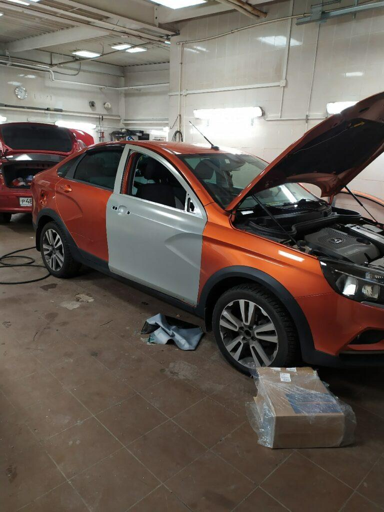 Замена и окраска двери на Lada Vesta